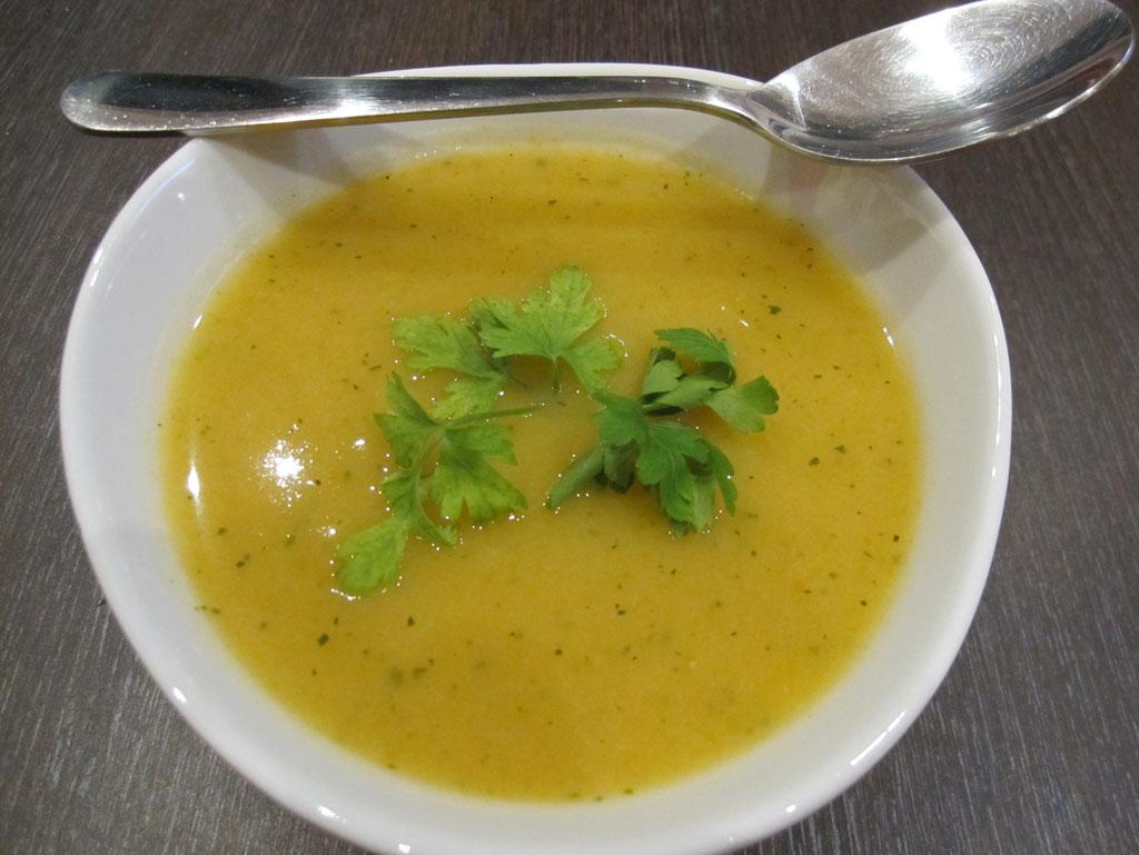 Ma-soupe-de-le%CC%81gumes-varie%CC%81s-01